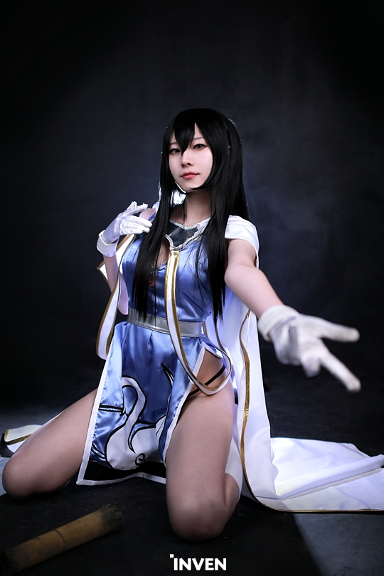Lineage Eternal Archer cosplay 8